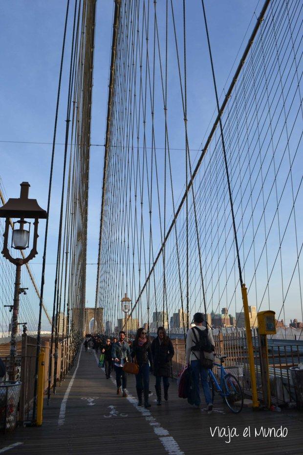 Caminando el puente de Brooklyn