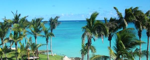 El mar en Punta Cana siempre es muy azul