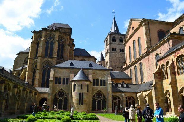 La Catedral y la Iglesia Nuestra Señora