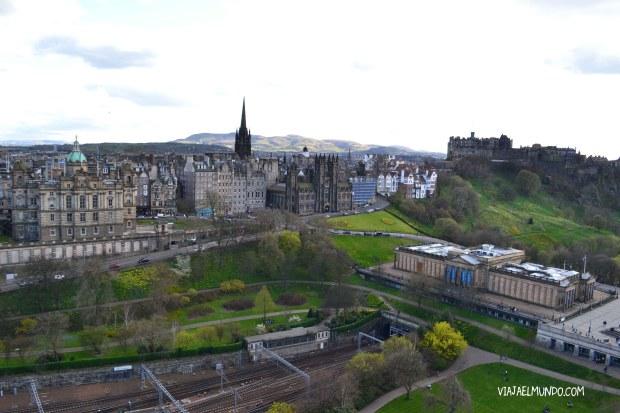 La ciudad vieja vista desde el monumento