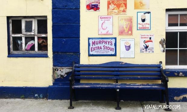 Esto fue en Avoca, que nada tiene que ver con Dublín, pero su pared sabe a cerveza