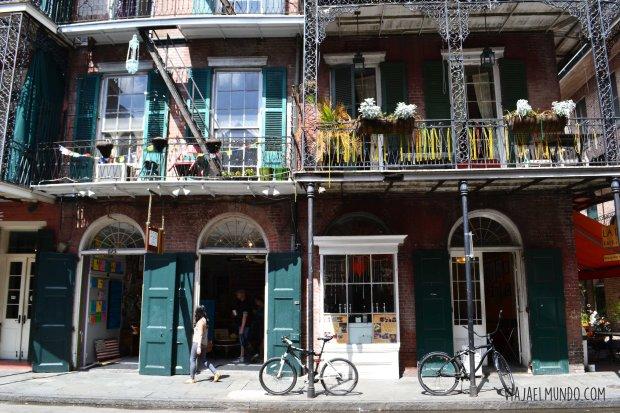 Una de las calles en el French Quarter