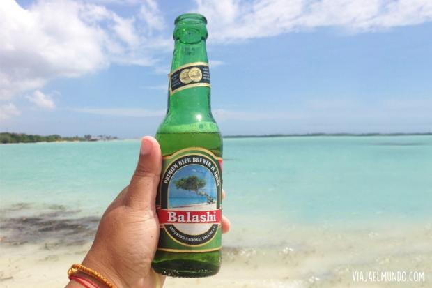 Para el calor, una cerveza típica del lugar